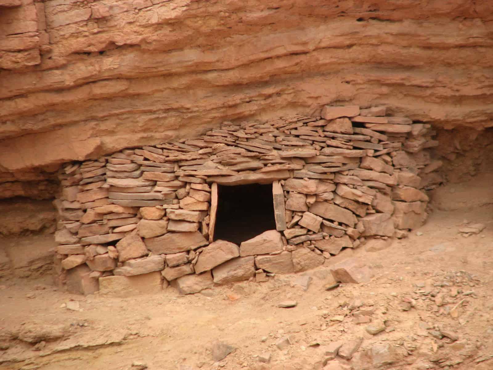 A bedouin matmura , a hidden storage place ,
